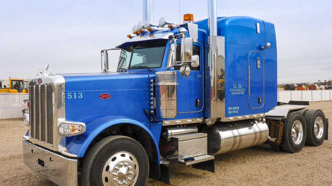 Best Used Diesel Truck >> New and used truck tractors for sale | Ritchie Bros.