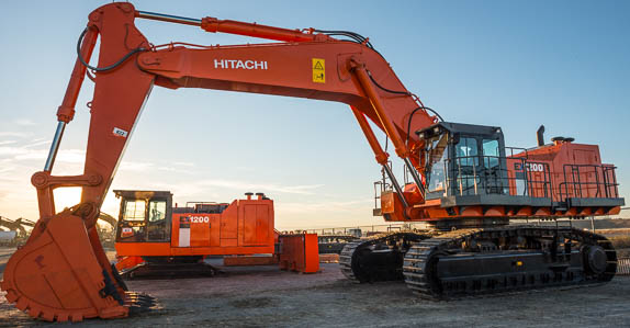 Hitachi excavators at a Ritchie Bros. auction