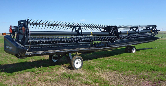2011 Macdon FD70 40' flex draper header for sale at Ritchie Bros. Auctioneers