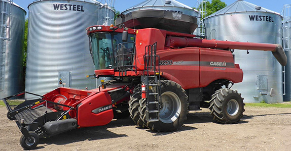 2013 Case IH 9230 combine for sale at Ritchie Bros. Auctioneers
