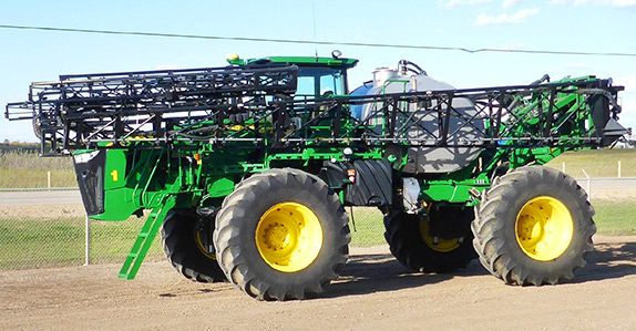 2014 John Deere 4940 120' high clearance sprayer for sale at Ritchie Bros. Auctioneers