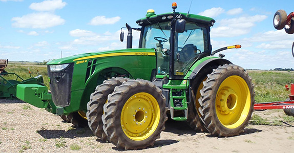 2014 John Deere 8335R MFWD tractor for sale at Ritchie Bros. Auctioneers