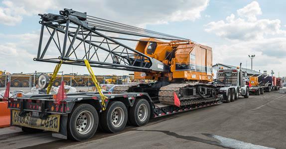 Оборудование большого размера и избыточного веса потребует специальных разрешений для перевозки по дороге.