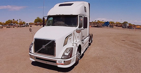 Used Semi Trucks >> Video Three Reasons To Buy A Used Semi Truck From The Swift