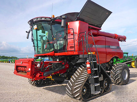planning to upgrade your combine check current combine prices first ritchie bros auctioneers. Black Bedroom Furniture Sets. Home Design Ideas