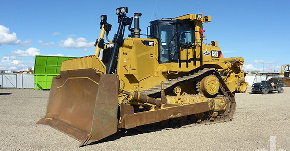2013 Caterpillar D9T dozer sold at Ritchie Bros.