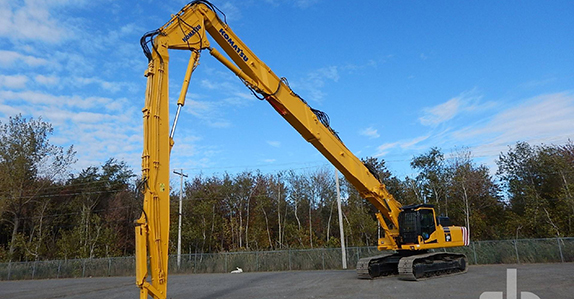 2009 Komatsu PC450HRD-8 high reach demolition excavator sold in auction by Ritchie Bros.