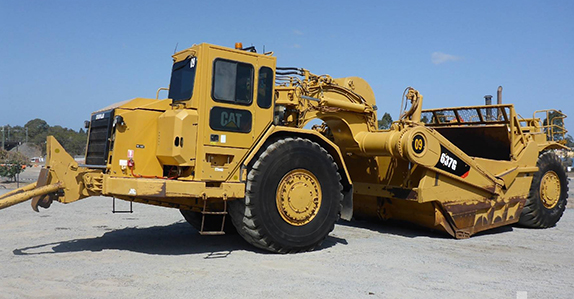 2007 Caterpillar 637G motor scraper sold at a Ritchie Bros. heavy equipment and truck auction.