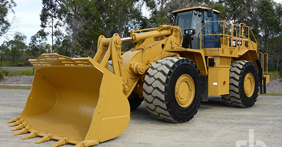 2013 Caterpillar 988H wheel loader sold at Ritchie Bros.