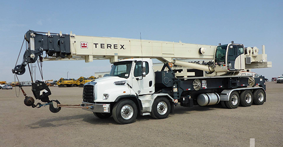 2015 Freightliner 114SD 10x6x4 w/ Terex Crossover 8000 80-ton boom truck sold in auction by Ritchie Bros.