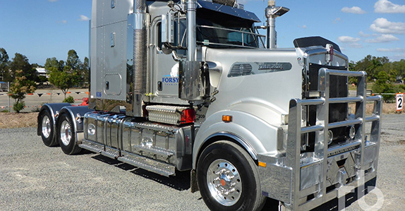 2013 Kenworth T909 6x4 prime mover sold in auction by Ritchie Bros.