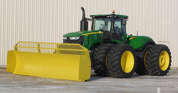 2016 John Deere 9570R tractor sold at Ritchie Bros.
