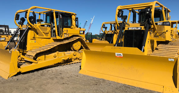 crawler tractors ready to sell at Ritchie Bros. Orlando 2018 auction