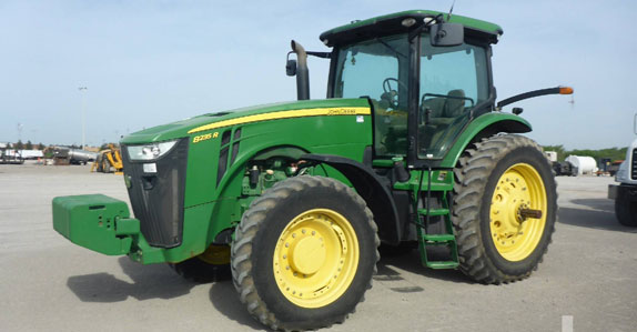 2011 john deere mfwd tractor sold by Ritchie Bros. Auctioneers