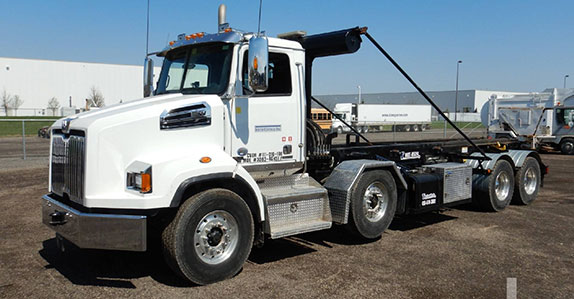 Western Star rolloff truck for sale at a Ritchie Bros. auction
