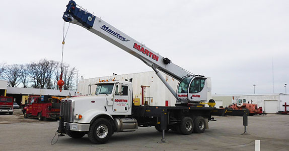 2017 Peterbilt 367 40 ton boom truck sold at a Ritchie Bros. auction