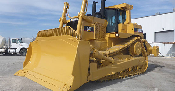 2006 Caterpillar D10T dozer sold at Ritchie Bros.