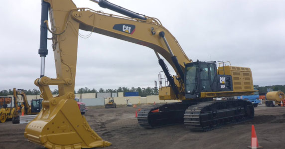2016 Caterpillar 390FL hydraulic excavators sold at Ritchie Bros. auction