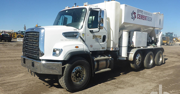 2018 Freightliner CT108084SD Batcher Truck sold at Ritchie Bros. auction