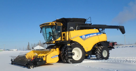 2017 New Holland CR8.90 combines sold at Ritchie Bros. auction