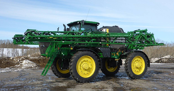 2017 JOHN DEERE R4045 120ft high clearance sprayer sold by Ritchie Bros. Auctioneers.