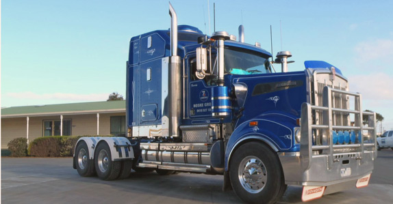 2007 Kenworth T904 Prime Mover