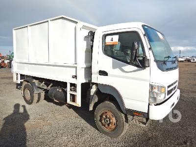 2010 MITSUBISHI FG84 CANTER 4x4 Wood Chip Truck Lot #95A