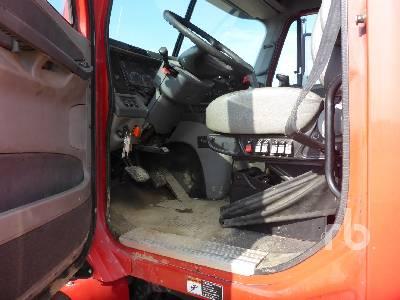 2008 FREIGHTLINER Columbia 120 Sleeper Truck Tractor (T/A