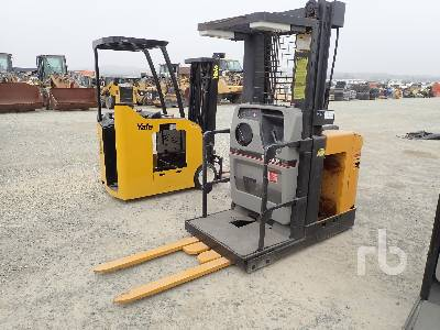 1998 CATERPILLAR EN0R30P 3000 Lb Order Picker Electric