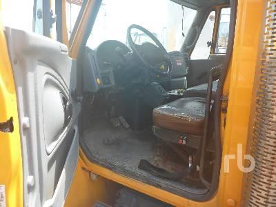 2003 INTERNATIONAL 4400SBA S/A w/Telsta T40C Bucket Truck