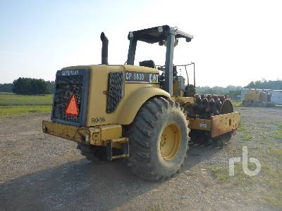 Detail photo of 2000 Caterpillar CP563D from Construction Equipment Guide