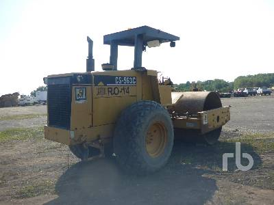 Detail photo of 1998 Caterpillar CS563C from Construction Equipment Guide