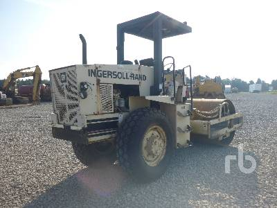 Detail photo of 1990 Ingersoll Rand SD70D from Construction Equipment Guide