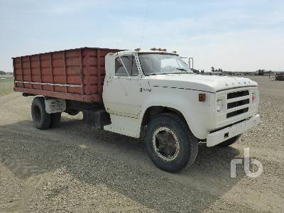 Detail photo of 1977 Dodge D700 from Construction Equipment Guide