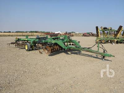 Detail photo of 1999 John Deere 510 from Construction Equipment Guide