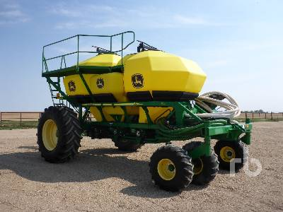 Detail photo of 2007 John Deere 1910 from Construction Equipment Guide