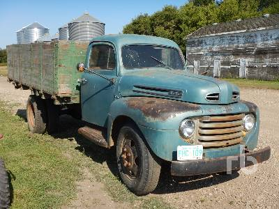 Detail photo of 1949 Ford F-6 from Construction Equipment Guide