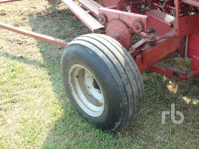 Detail photo of  Case IH 310 from Construction Equipment Guide