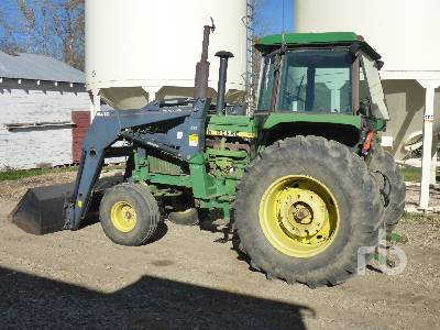 Detail photo of 1978 John Deere 4440 from Construction Equipment Guide