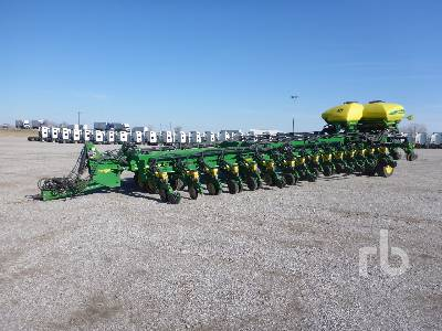 equipment deere john planting planters and integral agriculture rigid planter seeding