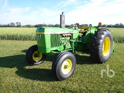 Detail photo of 1976 John Deere 2130 from Construction Equipment Guide