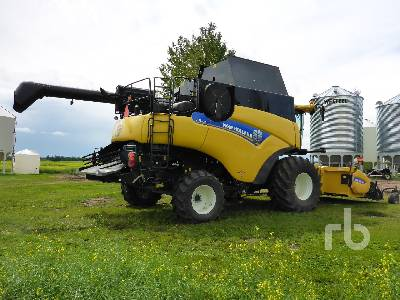 Detail photo of 2014 New Holland CR9090 RWA from Construction Equipment Guide