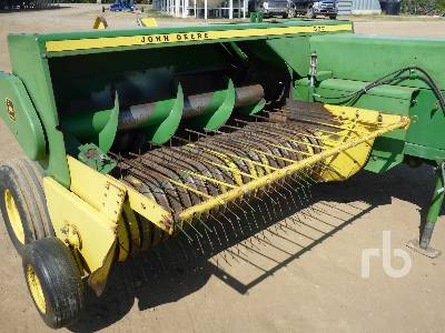 Detail photo of 1982 John Deere 337 from Construction Equipment Guide