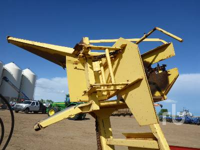 Detail photo of  New Holland 1063 STACKLINER from Construction Equipment Guide