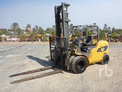 2013 CATERPILLAR DP50NT Forklift