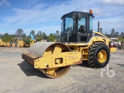 2005 CATERPILLAR CS563E Vibratory Roller