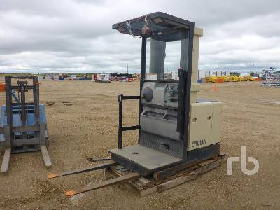 CROWN SP3020-30 Order Picker Electric Forklift | Ritchie