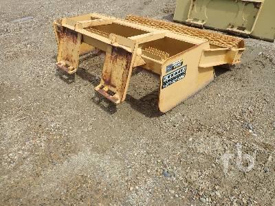 JOHN DEERE WORK PRO RL66 Land Leveler Skid Steer Attachment