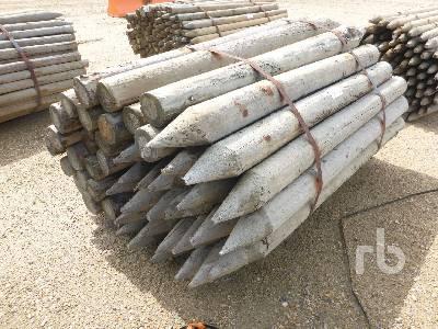 UNUSED 6 Ft Pressure Treated Fence Posts Lumber Lot #6945