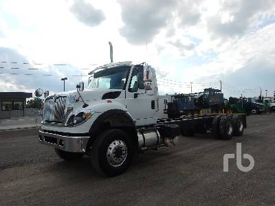 International 7500 SFA 6x6 (2004) Cab and Chassis Specs